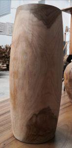 jarrón de madera